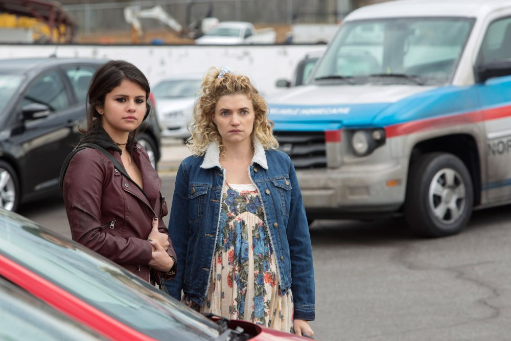THE FUNDAMENTALS OF CARING, from left:  Selena Gomez, Megan Ferguson, 2016. ph: Annette Brown/© Netflix