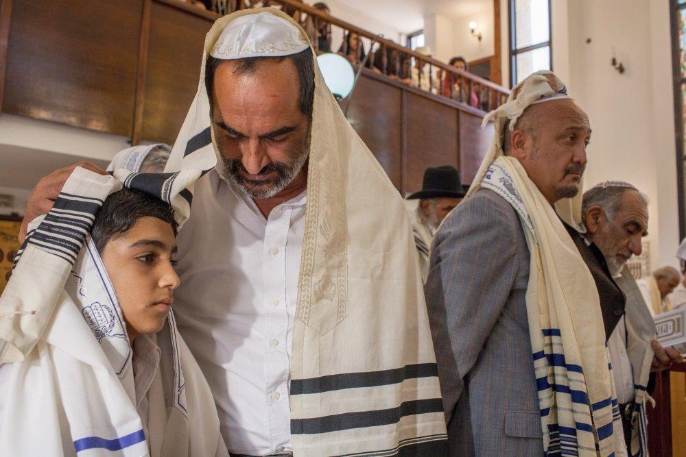 BABA JOON, from left: Asher Avrahami, Navid Negahban, 2015. © Strand Releasing