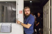 LIGHTS OUT, director David F. Sandberg, on set, 2016. ph: Ron Batzdorff/© Warner Bros.