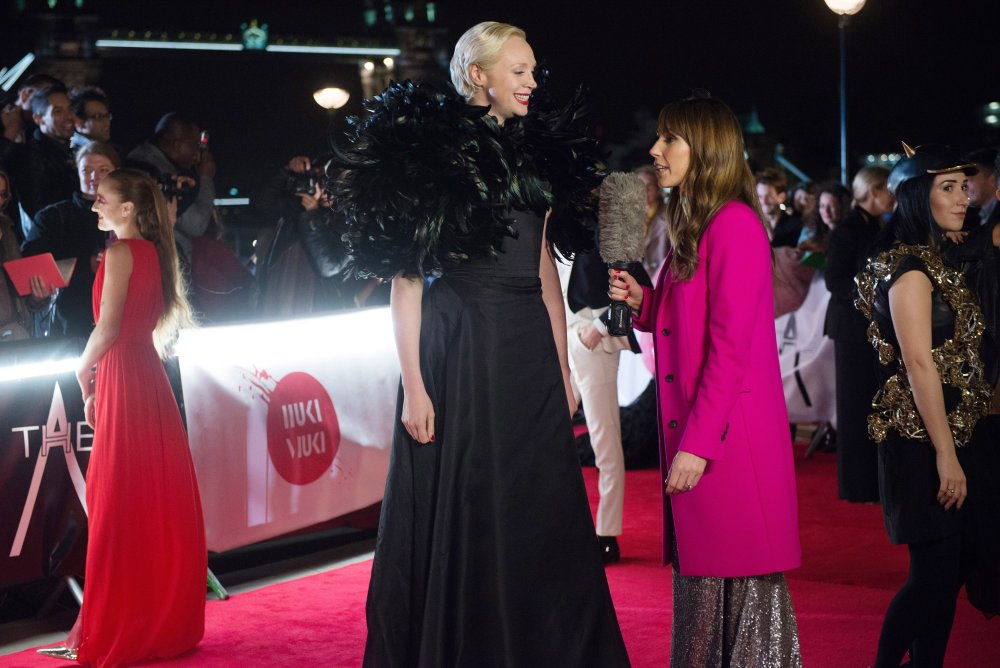 ABSOLUTELY FABULOUS: THE MOVIE, from left: Gwendoline Christie, Alex Jones, 2016. ph: David Appleby/© Fox Searchlight. All rights reserved.