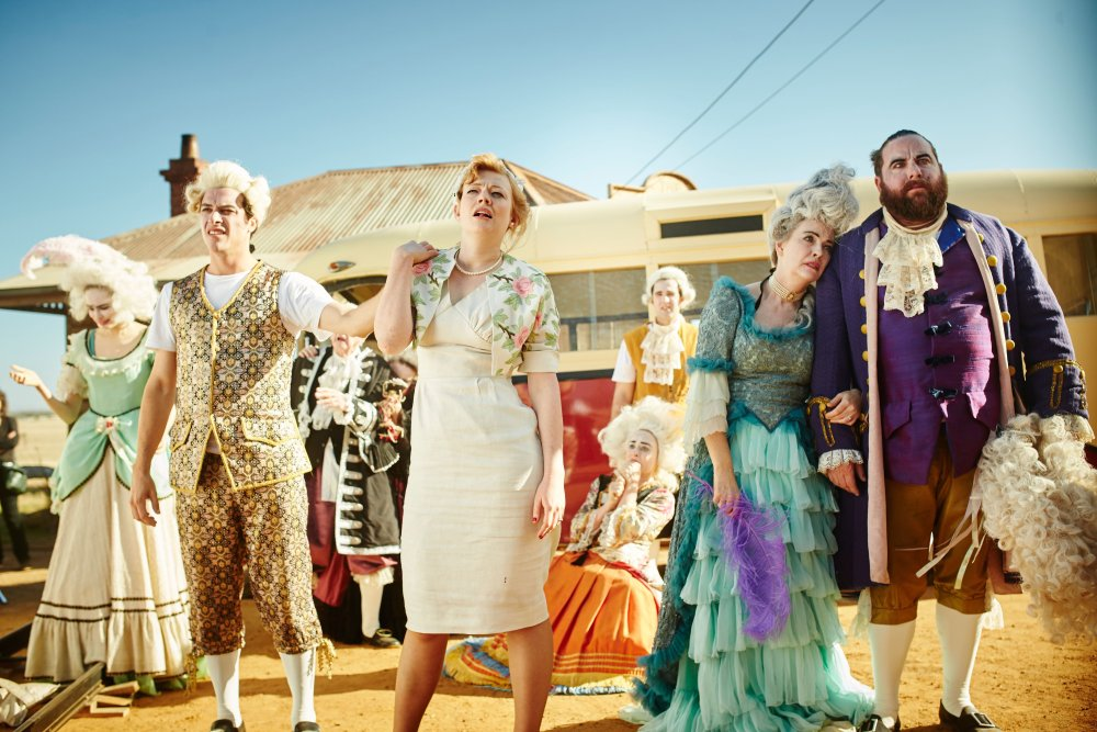 THE DRESSMAKER, front from left: James Mackay, Sarah Snook, Rebecca Gibney, Shane Jacobson, 2015. ph: Ben King/© Broad Green Pictures