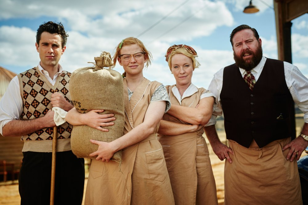 THE DRESSMAKER, from left: James Mackay, Sarah Snook, Rebecca Gibney, Shane Jacobson, 2015. ph: Ben King/© Broad Green Pictures