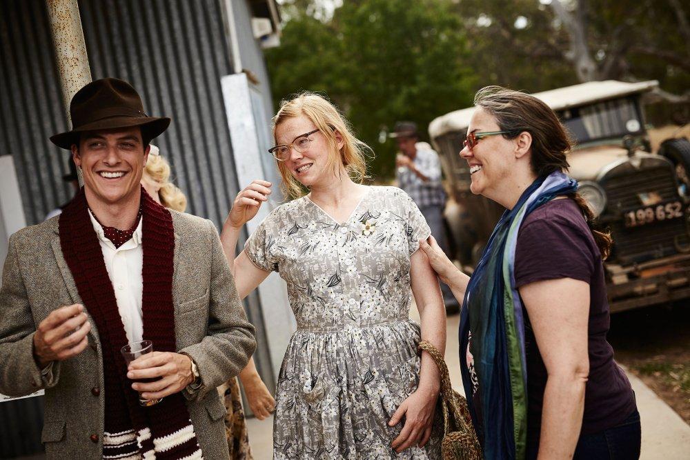 THE DRESSMAKER, from left: James Mackay, Sarah Snook, director Jocelyn Moorhouse, on set, 2015. © Broad Green Pictures