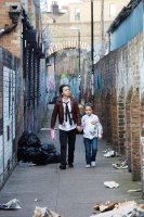 LONDON TOWN, from left: Daniel Huttlestone, Anya Mckenna-Bruce, 2016. ph: Laura Radford/© IFC Films
