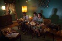 37, from left: Jamie Harrold, Sawyer Nunes, Maria Dizzia, 2016. ph: Wehkamp Photography/© Film Movement