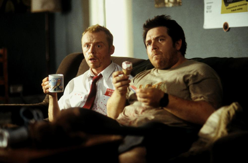 SHAUN OF THE DEAD, Simon Pegg, Nick Frost, 2004, (c) Rogue Pictures