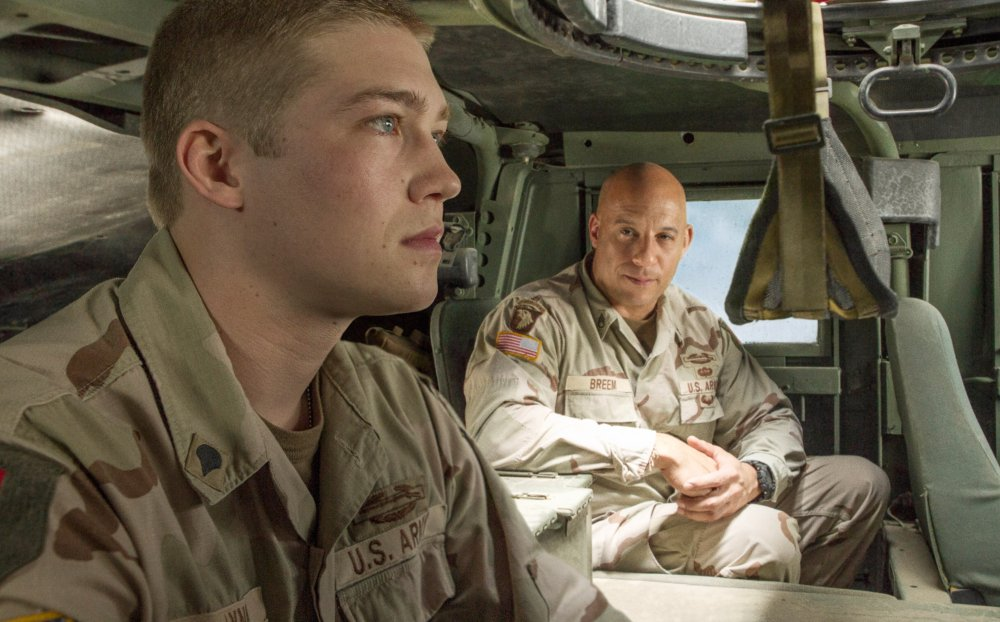 BILLY LYNN'S LONG HALFTIME WALK, from left: Joe Alwyn, Vin Diesel, 2016. ph: Mary Cybulski/©TriStar