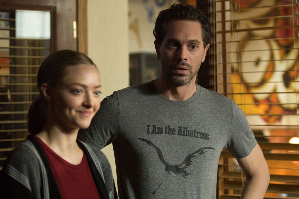 THE LAST WORD, FROM LEFT: AMANDA SEYFRIED, THOMAS SADOSKI, 2017. © BLEECKER STREET MEDIA