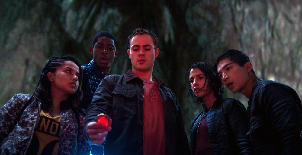 POWER RANGERS, FROM LEFT, BECKY G., RJ CYLER, DACRE MONTGOMERY, NAOMI SCOTT, LUDI LIN, 2017. PH: KIMBERLEY FRENCH. ©LIONSGATE