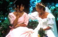 SCORCHERS, Jennifer Tilly, Emily Lloyd, 1991. ©Trinity Home Entertainment