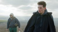 GOD'S OWN COUNTRY, FROM LEFT, ALEC SECAREANU, JOSH O'CONNOR, 2017. ©
