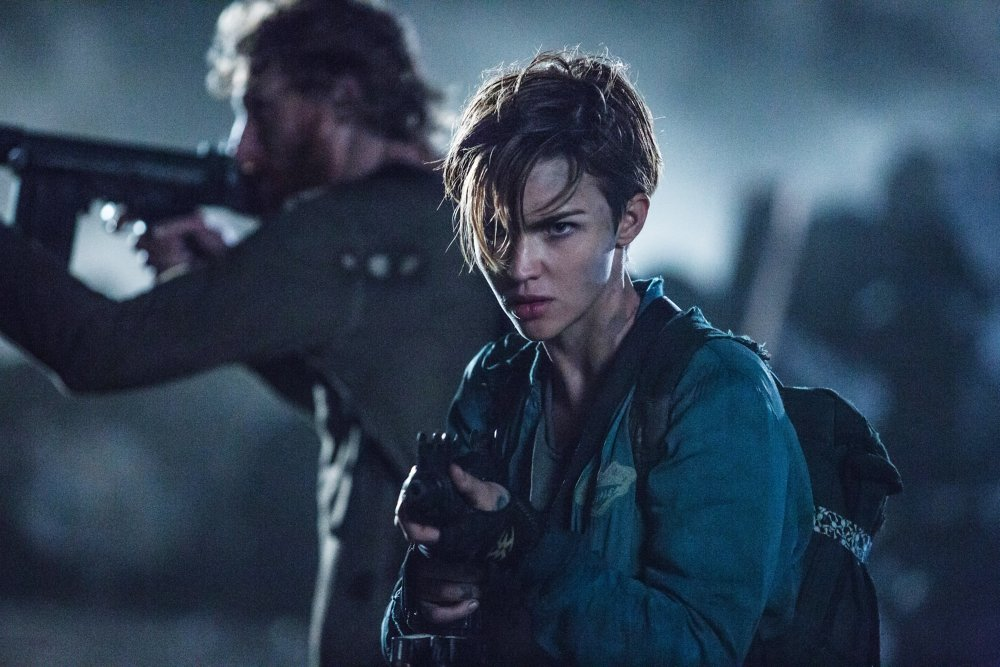 RESIDENT EVIL: THE FINAL CHAPTER, L-R: MILTON SCHOOR, RUBY ROSE, 2016. PH: ILZE KITSHOFF/©SCREEN GEMS