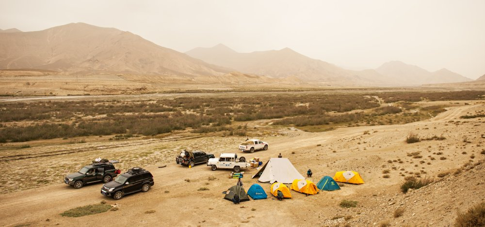 Description: The crew's camp for filming chiru in the remote highlands of the Qinghai Plateau.
