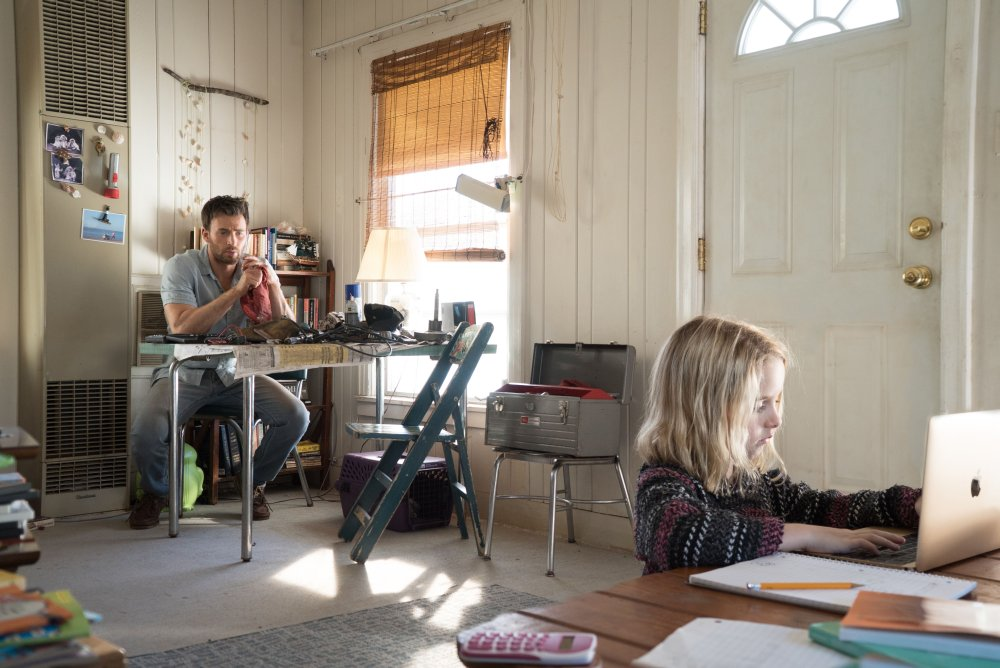 GIFTED, FROM LEFT, CHRIS EVANS, MCKENNA GRACE, 2017. TM & COPYRIGHT ©FOX SEARCHLIGHT PICTURES. ALL RIGHTS RESERVED
