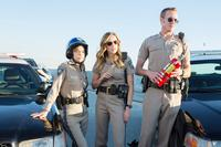 CHIPS, FROM LEFT: ROSA SALAZAR, JESSICA MCNAMEE, JESS ROWLAND, 2017. PH: PETER IOVINO/© WARNER BROS.