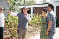 GIFTED, DIRECTOR MARC WEBB (HEADPHONES), JENNY SLATE (DRESS), CHRIS EVANS (RIGHT), ON SET, 2017. PH: WILSON WEBB/TM & COPYRIGHT © FOX SEARCHLIGHT PICTURES. ALL RIGHTS RESERVED