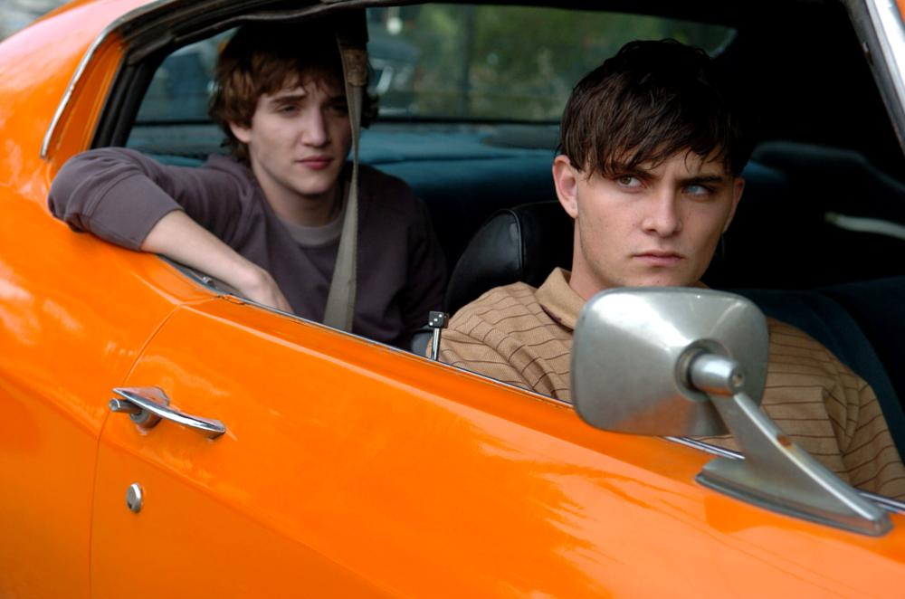RED, from left: Kyle Gallner, Shiloh Fernandez, 2008. ©Magnolia Pictures