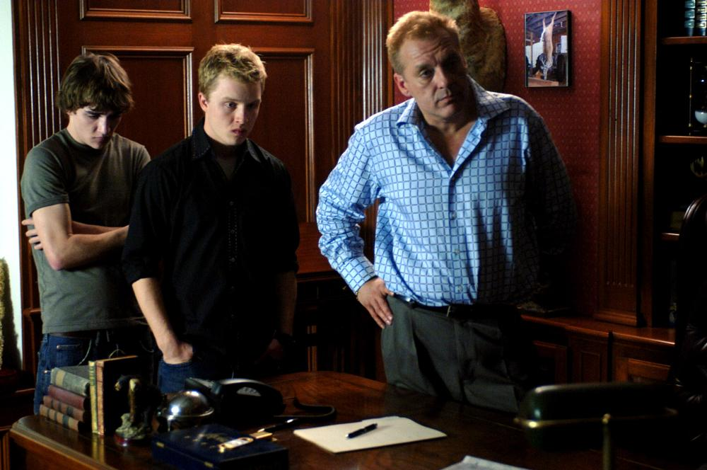 RED, from left: Kyle Gallner, Noel Fisher, Tom Sizemore, 2008. ©Magnolia Pictures
