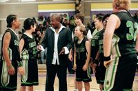 REBOUND, Martin Lawrence (center), 2005, TM & Copyright (c) 20th Century Fox Film Corp. All rights reserved.