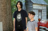 DIARY OF A WIMPY KID: THE LONG HAUL, FROM LEFT: CHARLIE WRIGHT, JASON DRUCKER, 2017. PH: DANIEL MCFADDEN/TM & COPYRIGHT © 20TH CENTURY FOX FILM CORP. ALL RIGHTS RESERVED.
