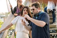 BAYWATCH, L-R: PRIYANKA CHOPRA, DIRECTOR SETH GORDON ON SET, 2017. PH: FRANK MASI/©PARAMOUNT PICTURES
