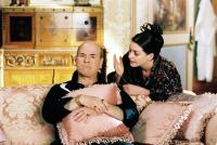 THE PRINCESS DIARIES 2: ROYAL ENGAGEMENT, Larry Miller, Anne Hathaway, 2004, (c) Buena Vista