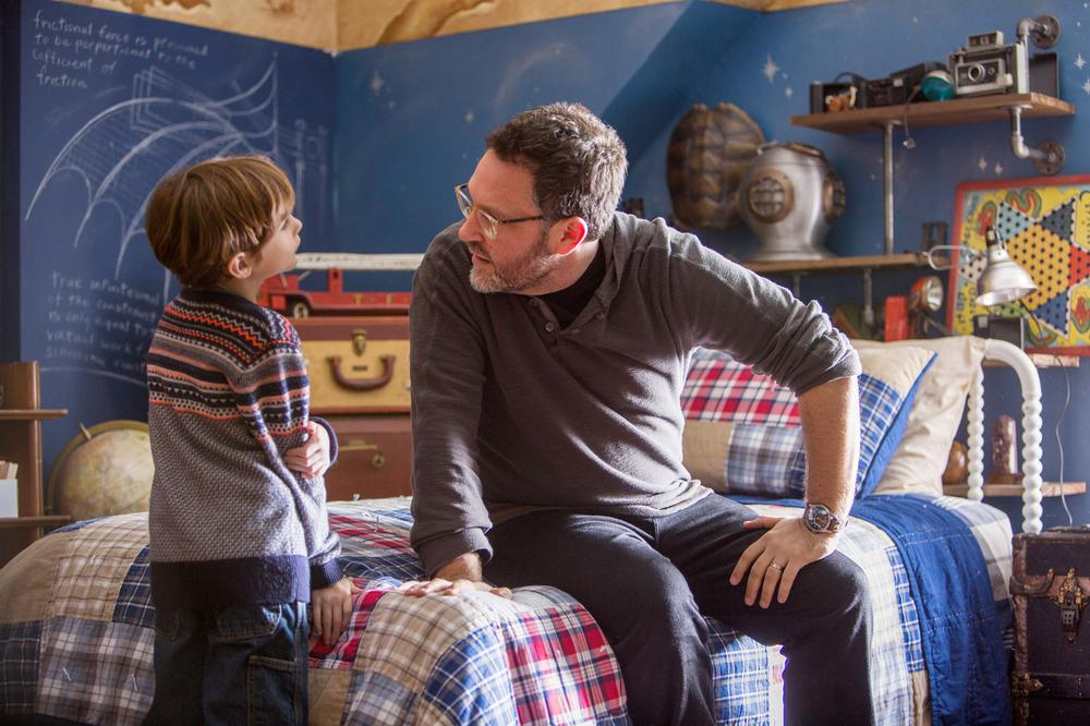 THE BOOK OF HENRY, FROM LEFT: JACOB TREMBLAY, DIRECTOR COLIN TREVORROW, ON SET, 2017. PH: ALISON COHEN ROSA/© FOCUS FEATURES