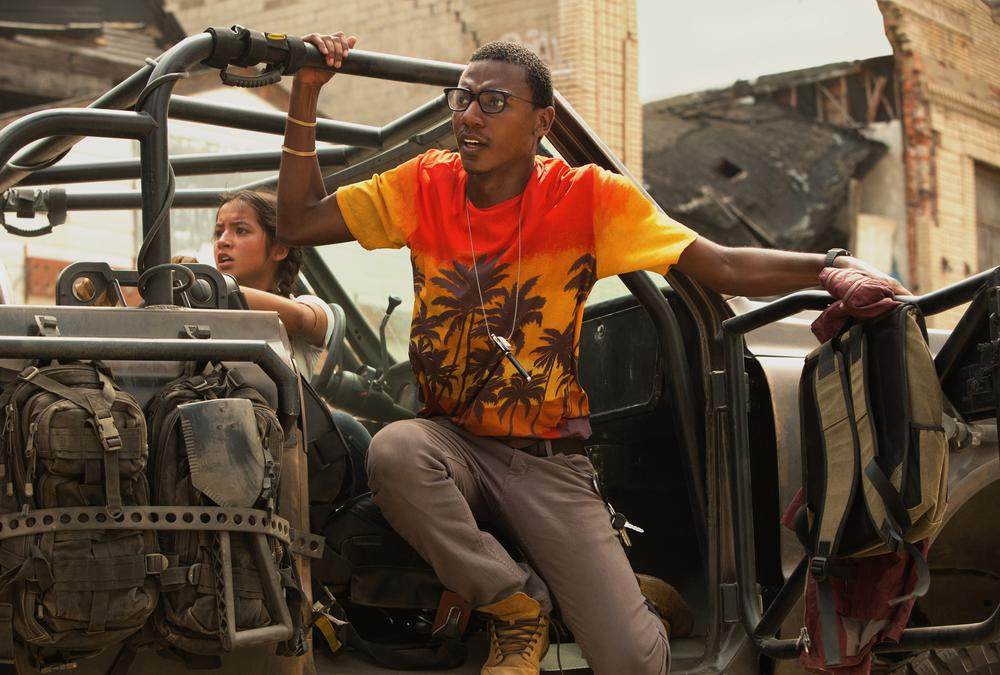 TRANSFORMERS: THE LAST KNIGHT, FROM LEFT: ISABELA MONER, JERROD CARMICHAEL, 2017. PH: ANDREW COOPER/© PARAMOUNT PICTURES