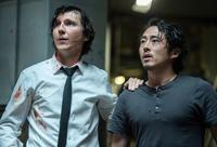 OKJA, FROM LEFT: PAUL DANO, STEVEN YEUN, 2017. PH: KIMBERLY FRENCH/© NETFLIX