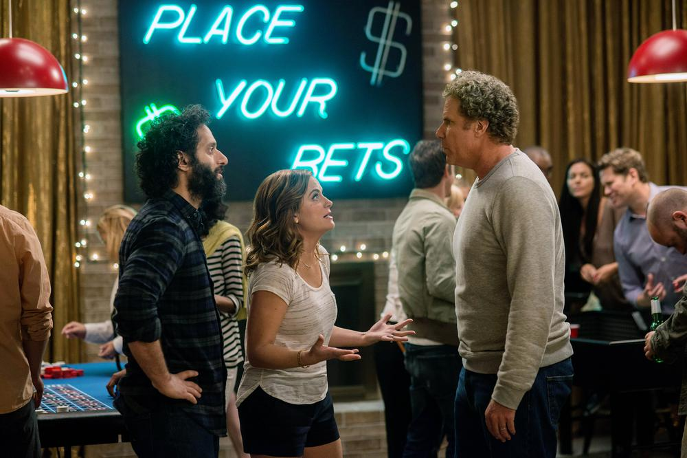 THE HOUSE, L-R: JASON MANTZOUKAS, AMY POEHLER, WILL FERRELL, 2017. PH: GLEN WILSON/©WARNER BROS. PICTURES