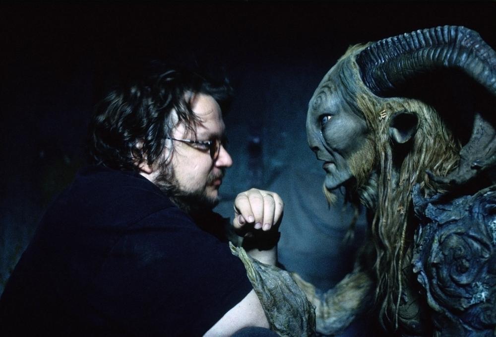 PAN'S LABYRINTH, (aka EL LABERINTO DEL FAUNO), director Guillermo del Toro, Doug Jones, on set, 2006. ©Picturehouse