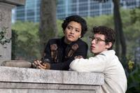 THE ONLY LIVING BOY IN NEW YORK, FROM LEFT: KIERSEY CLEMONS, CALLUM TURNER, 2017. PH: NIKO TAVERNISE/THEATRICAL DISTRIBUTOR: ROADSIDE ATTRACTIONS/© AMAZON
