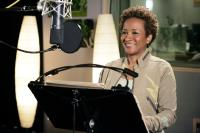 OVER THE HEDGE, Wanda Sykes as the voice of Stella, 2006, ©DreamWorks