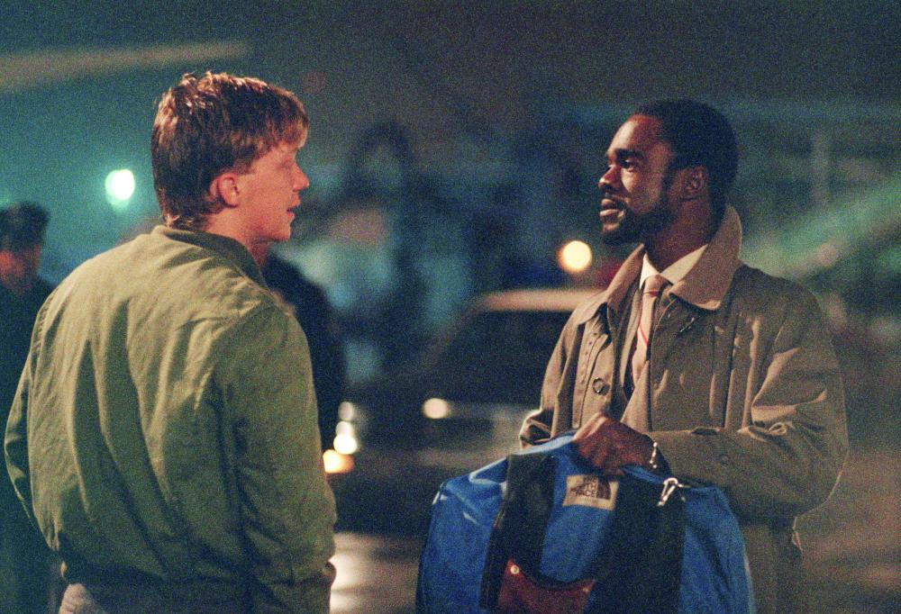 OUT OF BOUNDS, Anthony Michael Hall, Glynn Turman, 1986, (c) Columbia