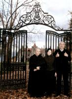 THE OTHERS, Fionnula Flanagan, Elaine Cassidy, Eric Sykes, 2001, (c) Dimension Films