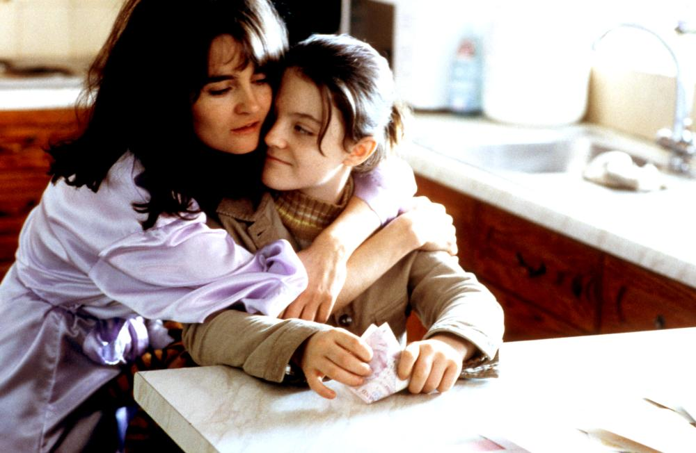 ONCE UPON A TIME IN THE MIDLANDS, Shirley Henderson, Finn Atkins, 2002, (c) Sony Pictures Classics