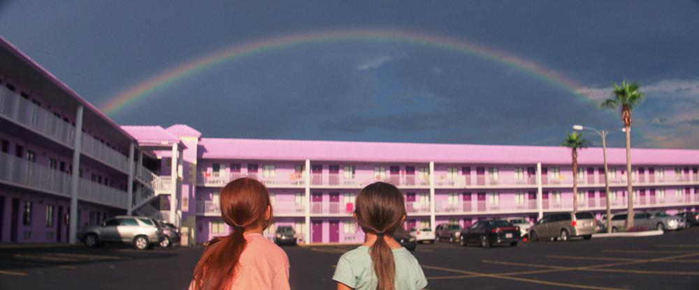 THE FLORIDA PROJECT, FROM LEFT: VALERIA COTTO, BROOKLYNN PRINCE, 2017. ©A24