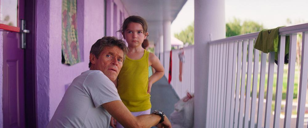THE FLORIDA PROJECT, FROM LEFT: WILLEM DAFOE, BROOKLYNN PRINCE, 2017. ©A24