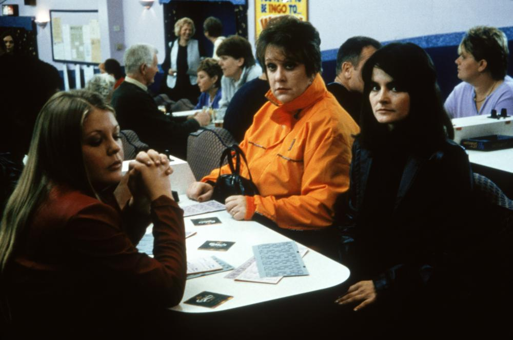 ONCE UPON A TIME IN THE MIDLANDS, Kelly Thresher, Kathy Burke, Shirley Henderson, 2002, (c) Sony Pictures Classics