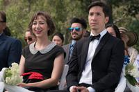 LITERALLY, RIGHT BEFORE AARON, L-R: KRISTEN SCHAAL, JUSTIN LONG, 2017. PH: MICHAEL MORIATIS/© SCREEN MEDIA FILMS