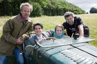 BREATHE, FROM LEFT, DIRECTOR ANDY SERKIS, ANDREW GARFIELD, CLAIRE FOY, PRODUCER JONATHAN CAVENDISH, 2017. PH:  LAURIE SPARHAM. ©BLEECKER STREET MEDIA