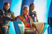 THOR: RAGNAROK, L-R: RACHEL HOUSE AS TOPAZ, JEFF GOLDBLUM AS GRANDMASTER, TESSA THOMPSON AS VALKYRIE, 2017. PH: JASIN BOLAND/© MARVEL/© WALT DISNEY STUDIOS MOTION PICTURES