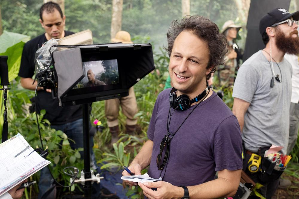 JUMANJI: WELCOME TO THE JUNGLE, DIRECTOR JAKE KASDAN ON SET, 2017. PH: FRANK MASI/©COLUMBIA PICTURES
