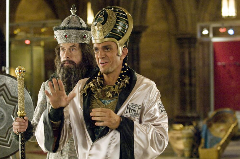 NIGHT AT THE MUSEUM: BATTLE OF THE SMITHSONIAN, (aka NIGHT AT THE MUSEUM 2), Hank Azaria (right), 2009. Ph: Doane Gregory, TM & Copyright  ©20th Century Fox Film Corp. All rights reserved.