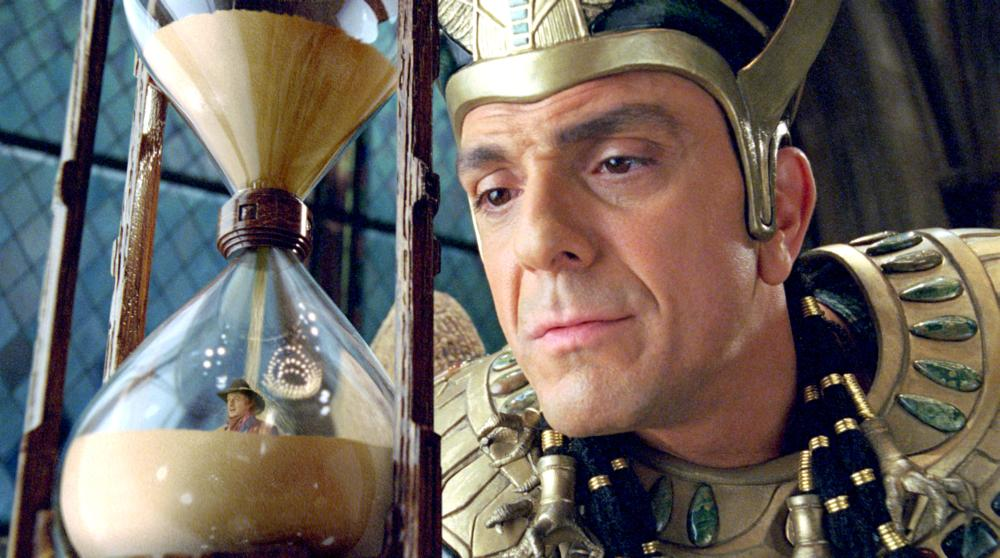 NIGHT AT THE MUSEUM: BATTLE OF THE SMITHSONIAN, (aka NIGHT AT THE MUSEUM 2), from left: Owen Wilson, Hank Azaria, 2009. Ph: Doane Gregory,/TM & Copyright ©20th Century Fox Film Corp. All rights reserved.