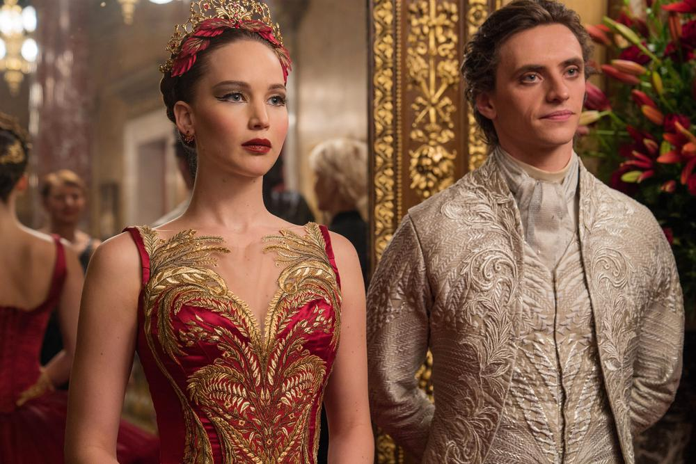 RED SPARROW, FROM LEFT: JENNIFER LAWRENCE, SERGEI POLUNIN, 2018. PH: MURRAY CLOSE. TM AND © COPYRIGHT TWENTIETH CENTURY FOX. ALL RIGHTS RESERVED