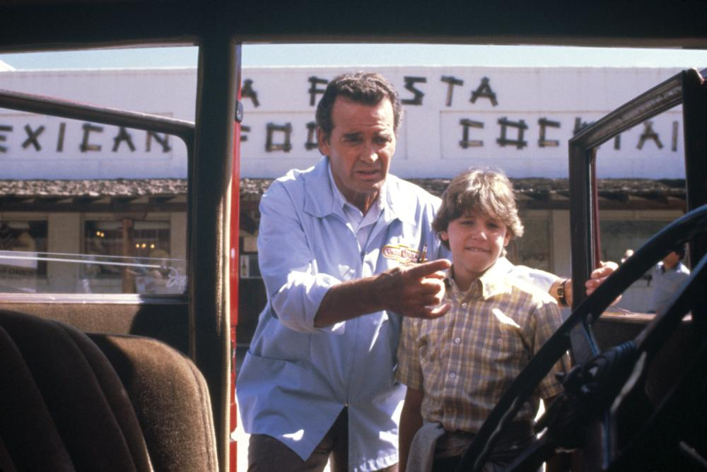MURPHY'S ROMANCE, from left: James Garner, Corey Haim, (c) 1985 Columbia Pictures