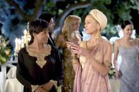 MONSTER-IN-LAW, Wanda Sykes, Jane Fonda, 2005, (c) New Line