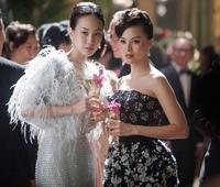 CRAZY RICH ASIANS, FROM LEFT: CONSTANCE LAU, CARMEN SOO, 2018. PH: SANJA BUCKO/© WARNER BROS. PICTURES