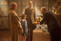 GOODBYE CHRISTOPHER ROBIN, FROM LEFT: MARGOT ROBBIE, WILL TILSTON, DOMHNALL GLEESON, RICHARD CLIFFORD, 2017. PH: DAVID APPLEBY/TM & COPYRIGHT © FOX SEARCHLIGHT PICTURES. ALL RIGHTS RESERVED.
